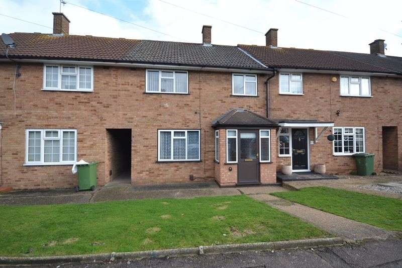 3 Bedrooms Terraced House for sale in Nursery Road, Stanford-Le-Hope