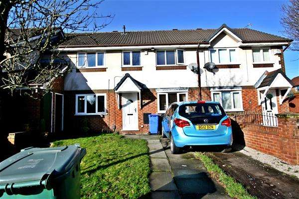 3 Bedrooms Terraced House for sale in Swarbrick Drive, Prestwich