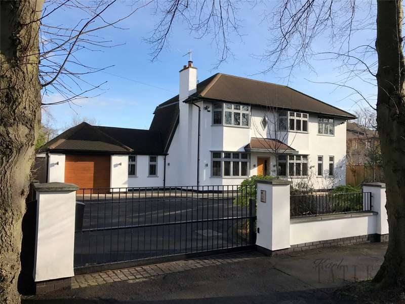 4 Bedrooms Detached House for sale in Kingsway, Heswall, Wirral