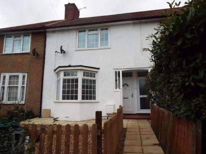 2 Bedrooms Terraced House for sale in Langham Gardens, Edgware