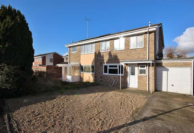 3 Bedrooms Semi Detached House for sale in Cherbury Green, Grove, Wantage, OX12