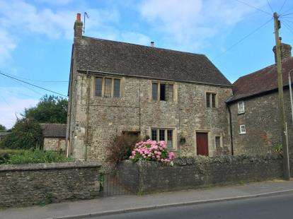 3 Bedrooms Semi Detached House for sale in Maiden Bradley, Warminster, Wiltshire