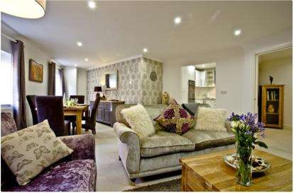 2 Bedrooms Terraced House for sale in Mill Street, Wells, Somerset