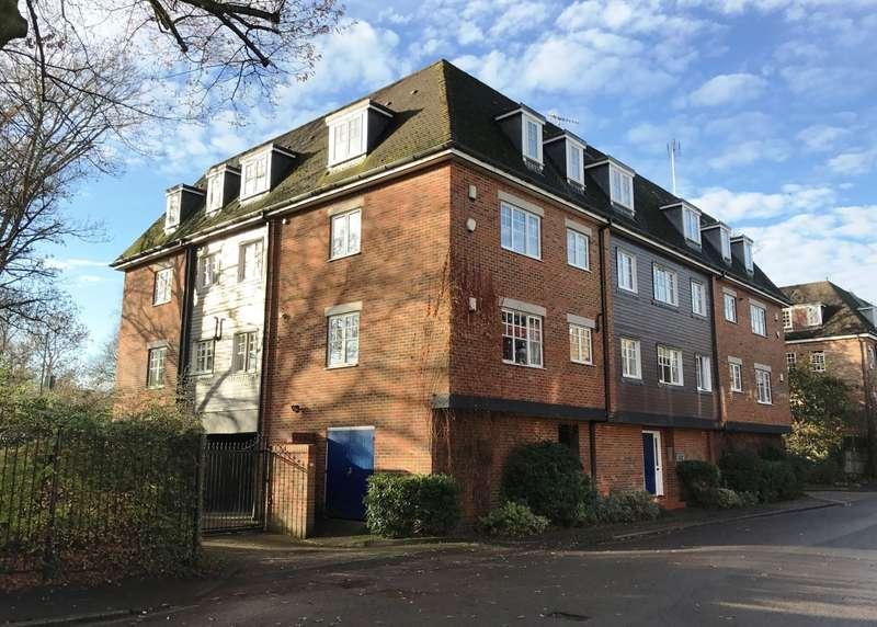2 Bedrooms Flat for sale in Hampton Wick