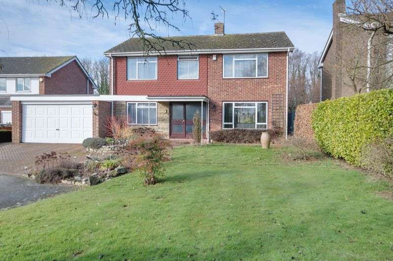 4 Bedrooms Detached House for sale in Lower Hardres