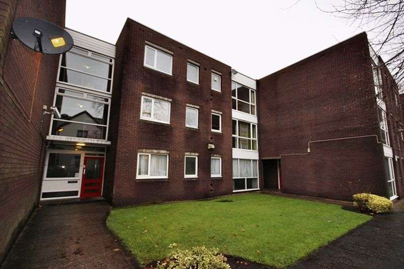 1 Bedroom Flat for sale in Martin House, Conyngham Road, Manchester
