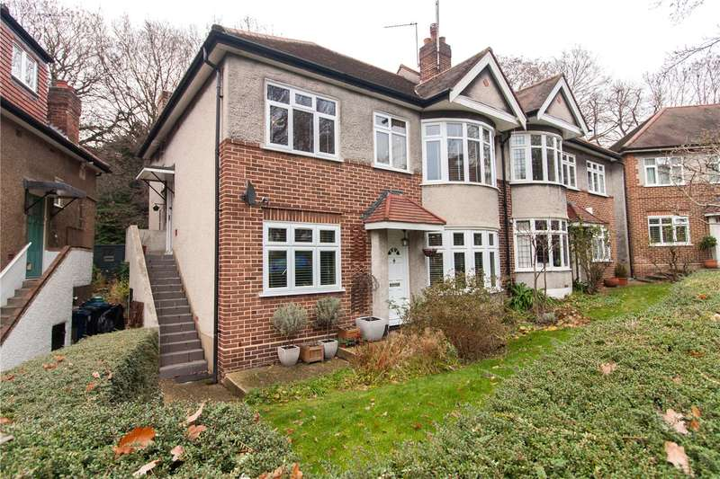 2 Bedrooms Maisonette Flat for sale in Sandall Close, London, W5