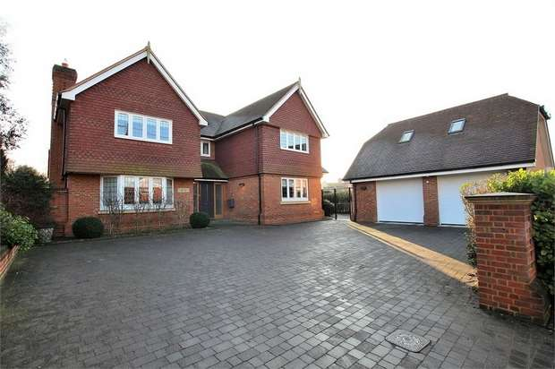 4 Bedrooms Detached House for sale in Felsted, Great Dunmow, Essex