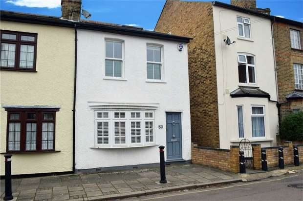 3 Bedrooms End Of Terrace House for sale in Lion Road, Twickenham