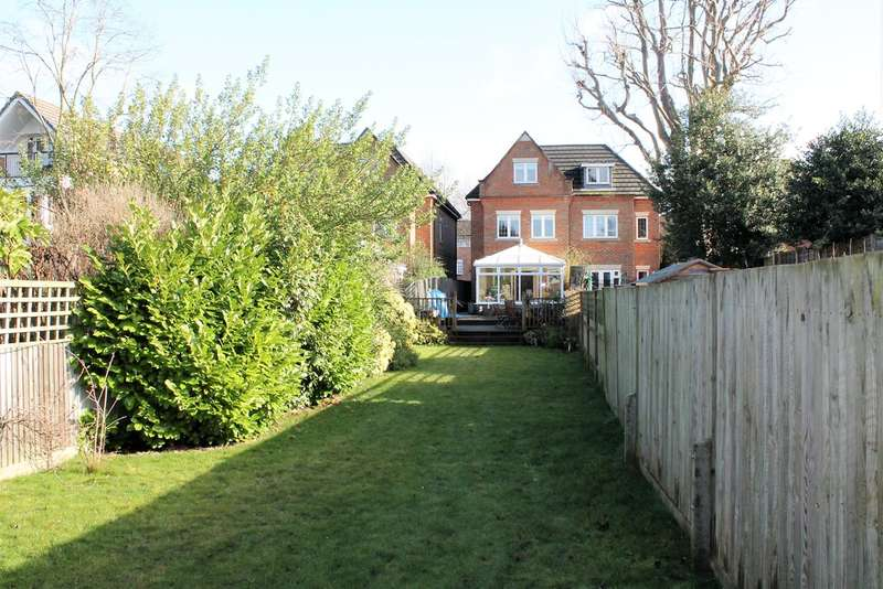5 Bedrooms Semi Detached House for sale in Hill Place Lodge, York Road, Sutton, SM2
