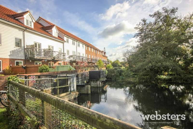 3 Bedrooms Town House for sale in Bracondale Millgate, Norwich, NR1