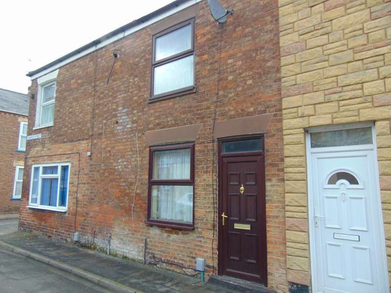3 Bedrooms Terraced House for sale in Charles Street, Wisbech, Cambridgeshire, PE13 2QN