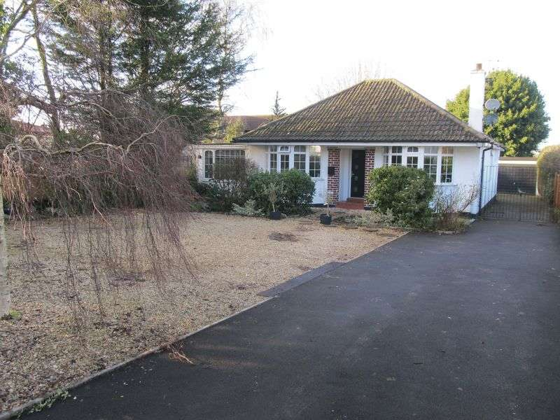 4 Bedrooms Detached Bungalow for sale in Greenhill Road, Sandford, Winscombe