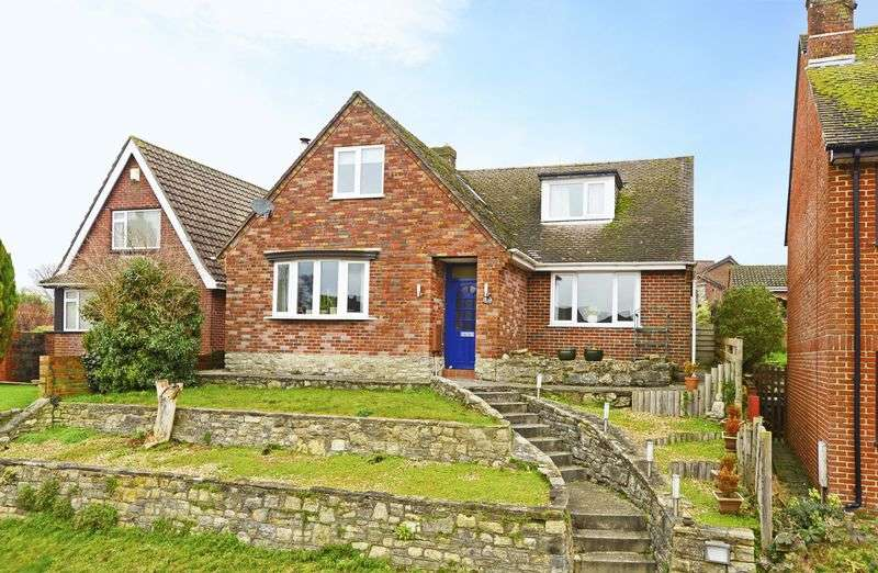 4 Bedrooms Detached Bungalow for sale in West Street, Bere Regis, BH20.