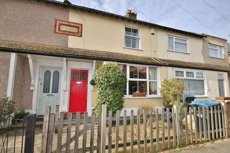 3 Bedrooms Terraced House for sale in Glebe Road, Warlingham