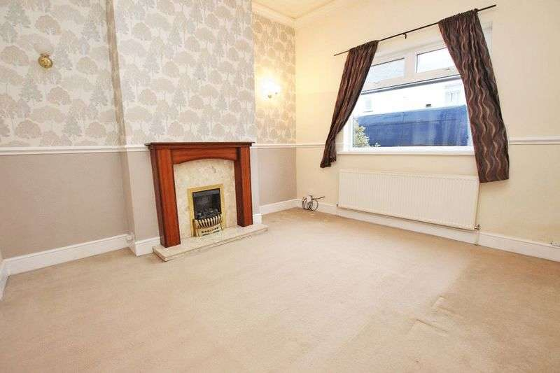 4 Bedrooms Terraced House for sale in THRUNSCOE ROAD, CLEETHORPES