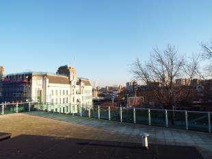 2 Bedrooms Flat for sale in Maritime House, Greens End, Woolwich, London