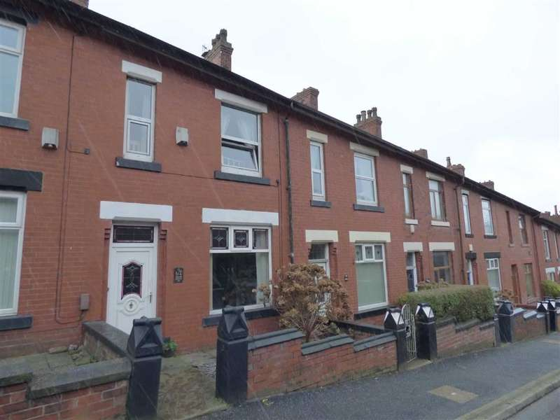 3 Bedrooms Property for sale in Huddersfield Road, Lees, Oldham, OL4