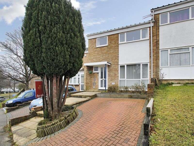 3 Bedrooms Terraced House for sale in Seaford Road, Broadfield, Crawley, West Sussex