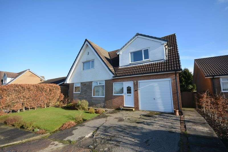 4 Bedrooms Detached House for sale in Partridge Drive, Baxenden