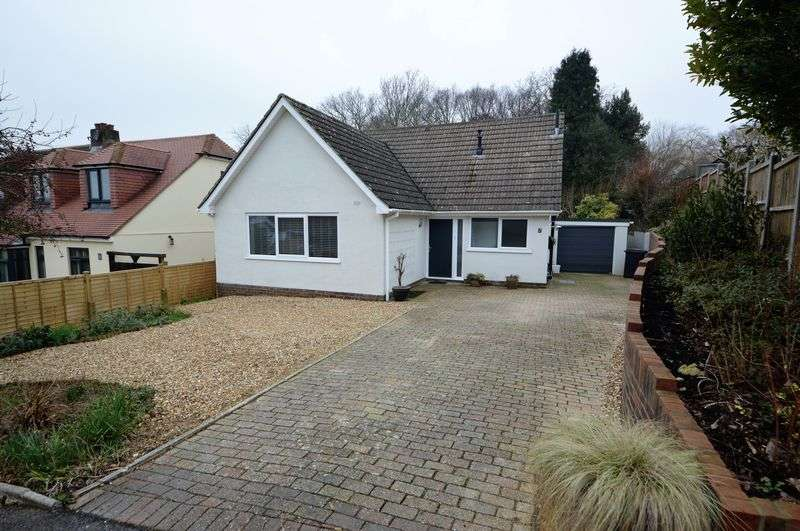 4 Bedrooms Detached House for sale in The Curve, Lovedean
