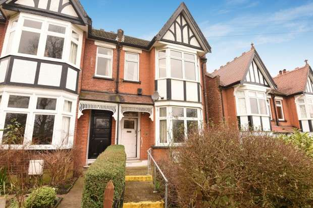 4 Bedrooms Semi Detached House for sale in Whitehall Road, Harrow on the Hill, HA1