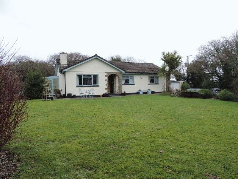 3 Bedrooms Detached Bungalow for sale in Cusgarne, Truro