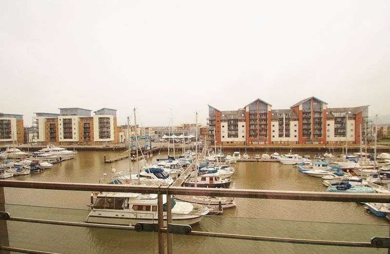 3 Bedrooms Flat for sale in Estuary House, Portishead