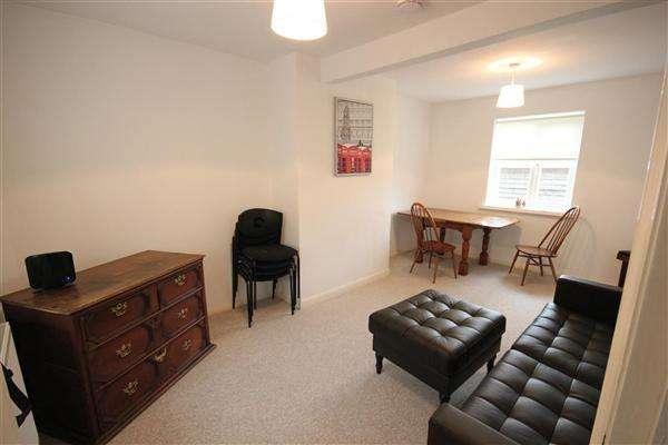 6 Bedrooms Property for rent in Hillside, Brighton