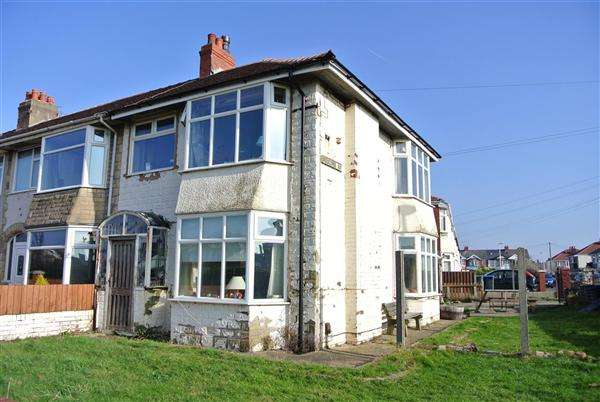 3 Bedrooms Semi Detached House for sale in Ventnor Road, Blackpool