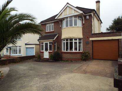 4 Bedrooms Detached House for sale in Preston, Paignton, Devon
