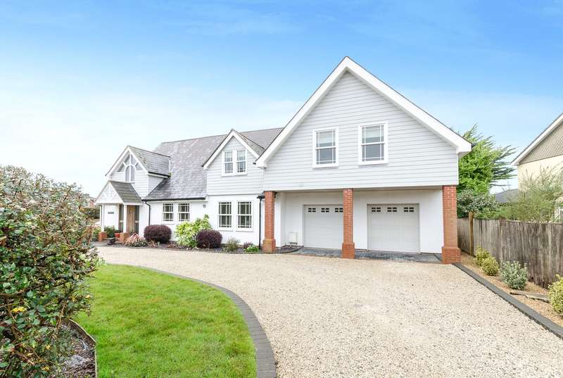 5 Bedrooms Detached House for sale in Angmering Lane, Willowhayne Estate, East Preston, BN16