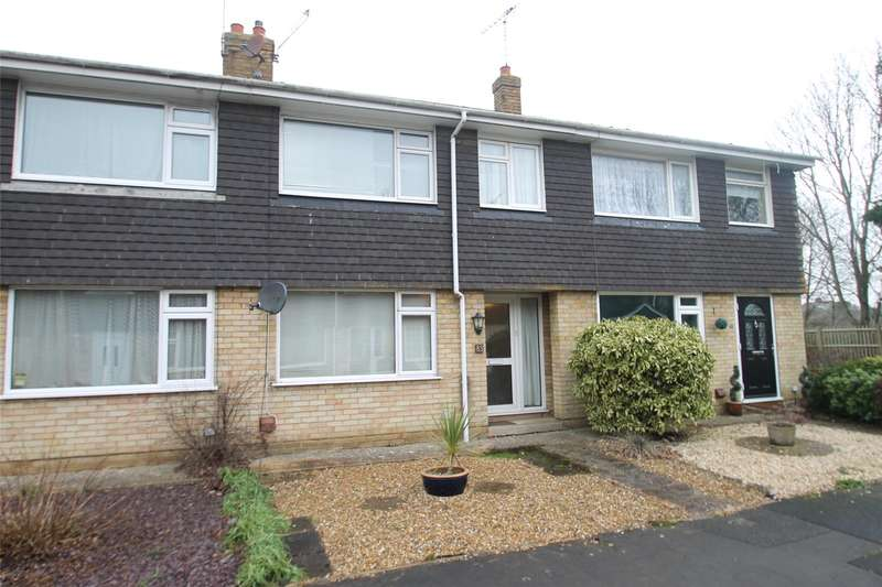 3 Bedrooms Terraced House for sale in Downsway, East Preston, West Sussex, BN16