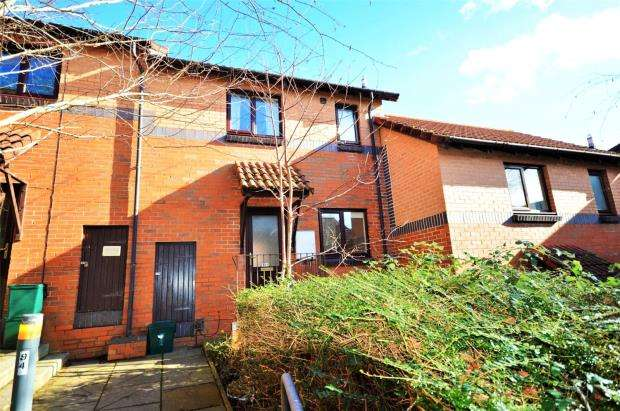2 Bedrooms Terraced House for sale in Farm Hill, Exeter, Devon