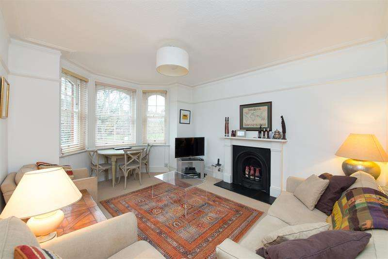 2 Bedrooms Flat for sale in Evelyn Mansions, Queen's Club Gardens, London, W14