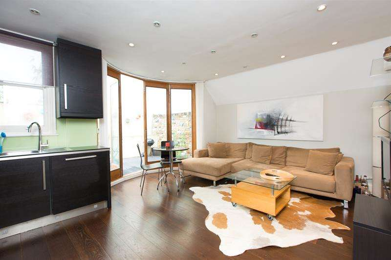 5 Bedrooms Semi Detached House for sale in St. Dunstans Road, London, W6