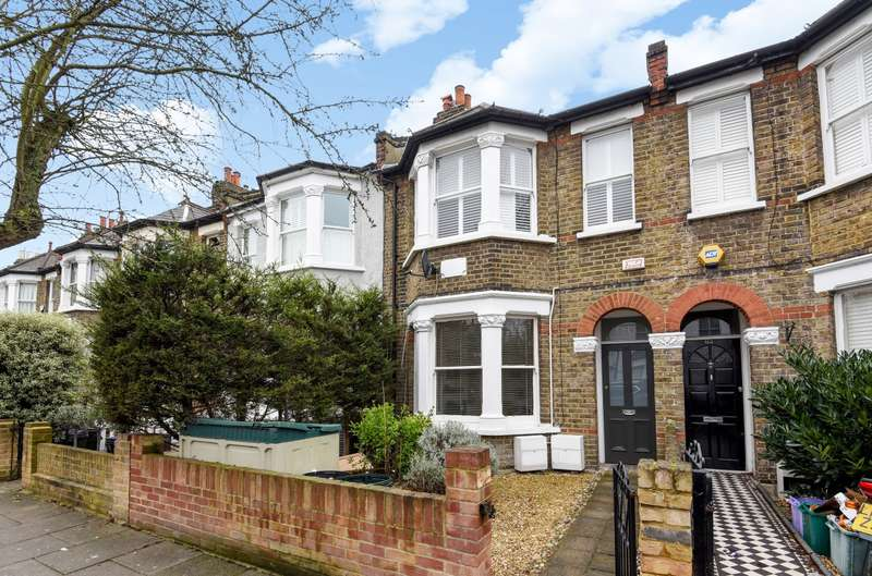 1 Bedroom Flat for sale in Hamilton Road, Wimbledon, SW19