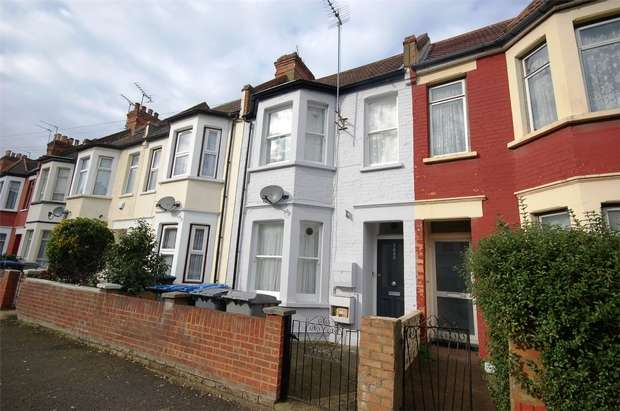 1 Bedroom Flat for sale in Redfern Road, Harlesden, London