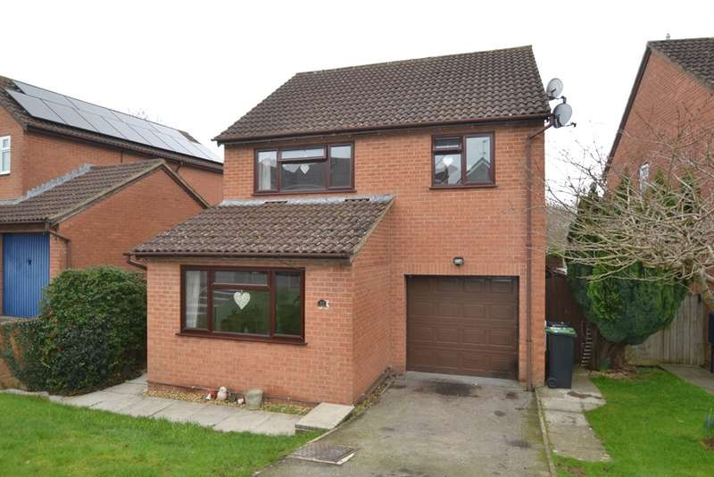 4 Bedrooms Detached House for sale in Sturminster Newton