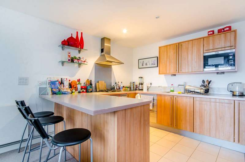 3 Bedrooms House for sale in Eden Grove, Islington, N7