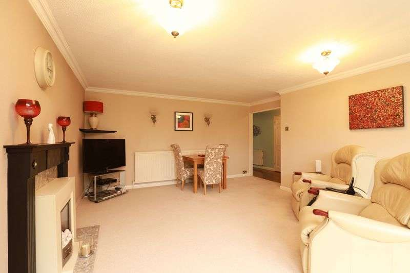 3 Bedrooms Detached Bungalow for sale in Flansham Park, Bognor Regis