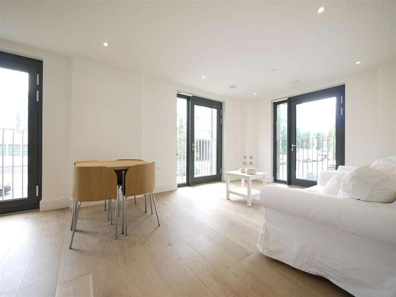 2 Bedrooms Flat for sale in Cedar House, North West Village, Wembley Park