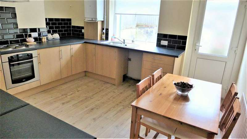 2 Bedrooms Terraced House for sale in Ingham Street, Padiham