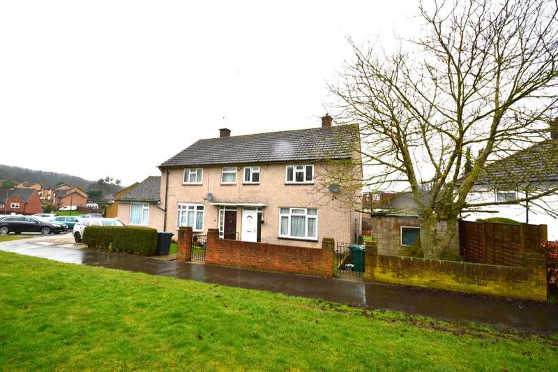 2 Bedrooms Semi Detached House for sale in Arbroath Green, Watford, WD19