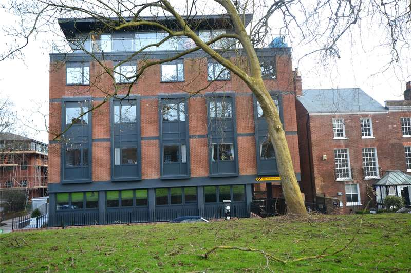 2 Bedrooms Apartment Flat for rent in Southernhay East, Exeter