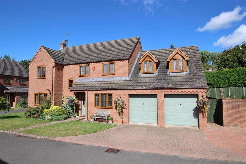 5 Bedrooms Detached House for sale in The Laines, Gorsley, Ross-On-Wye