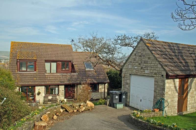 3 Bedrooms Property for sale in South Road, Swanage