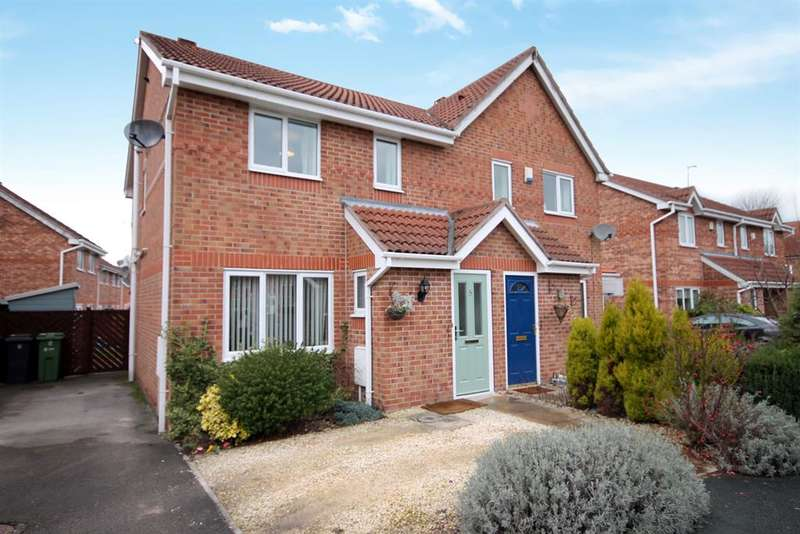 3 Bedrooms Semi Detached House for sale in Darwin Close, Huntington, York, YO31 9PB