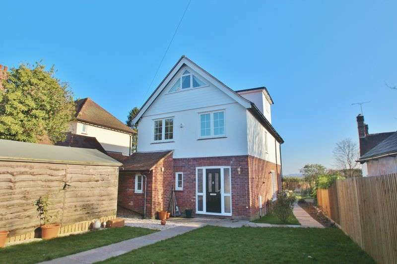 5 Bedrooms Detached House for sale in Southview Road, Sparrows Green, Wadhurst