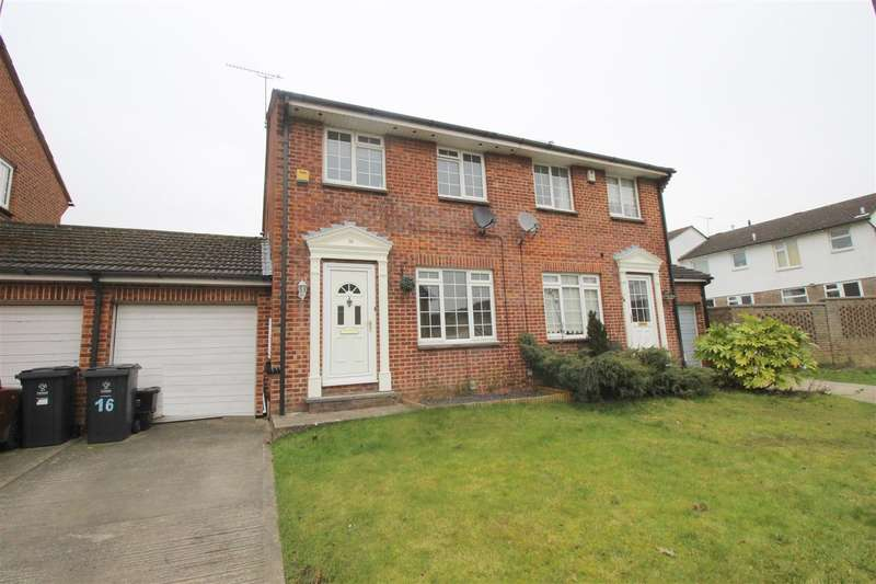 3 Bedrooms Property for sale in Grantham Close, Freshbrook, Swindon